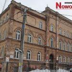 Jedna duża szkoła